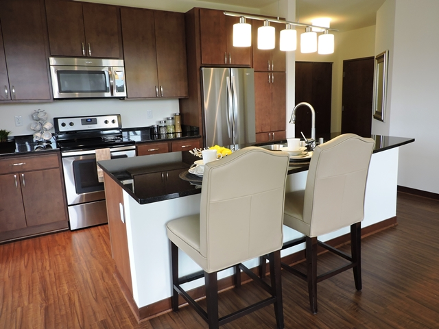 Read our reviews at lilly preserve apartments lilly for Lilly s craft kitchen